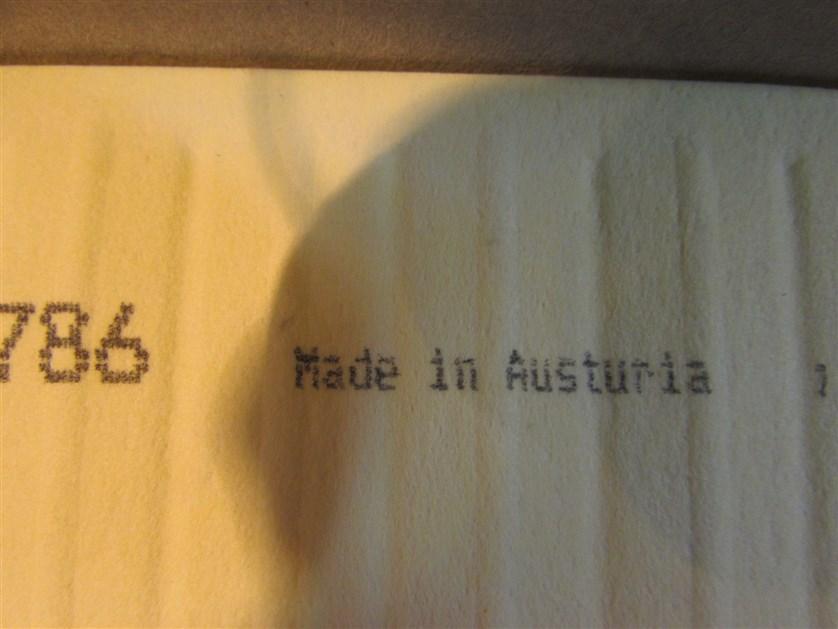 Орфографическая ошибка в слове «Austuriа» правильно «Austria».