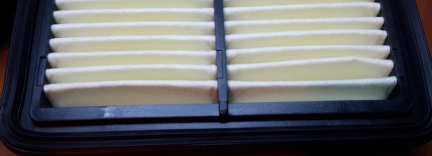 Отсутствует штамп производителя, штамп типа пропилена (пластика), штамп фильтрующего элемента, штамп даты производства.