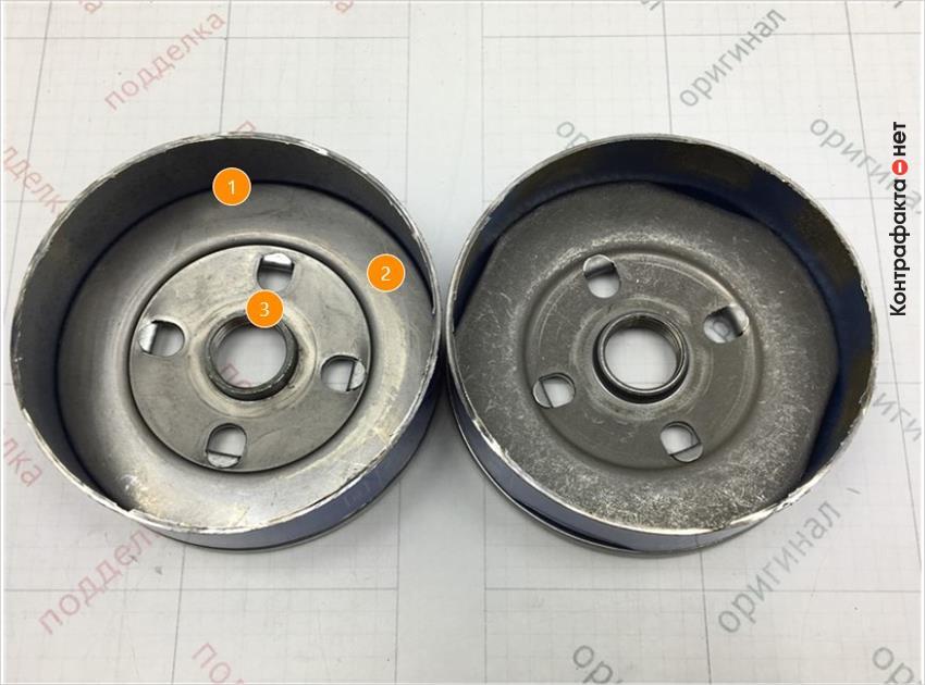 1. Имеет конструктивное отличие.   2. Отличается оттенок цвета металла.   3. Отсутствует обработка внутренней резьбовой части.