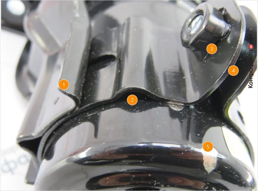 1. Используется металл меньшей толщины.   2. Корпус фильтра без выступов.   3. Отсутствует отметка отк.   4. Не выдержана форма хомута.   5. Отслаивается красящее вещество.