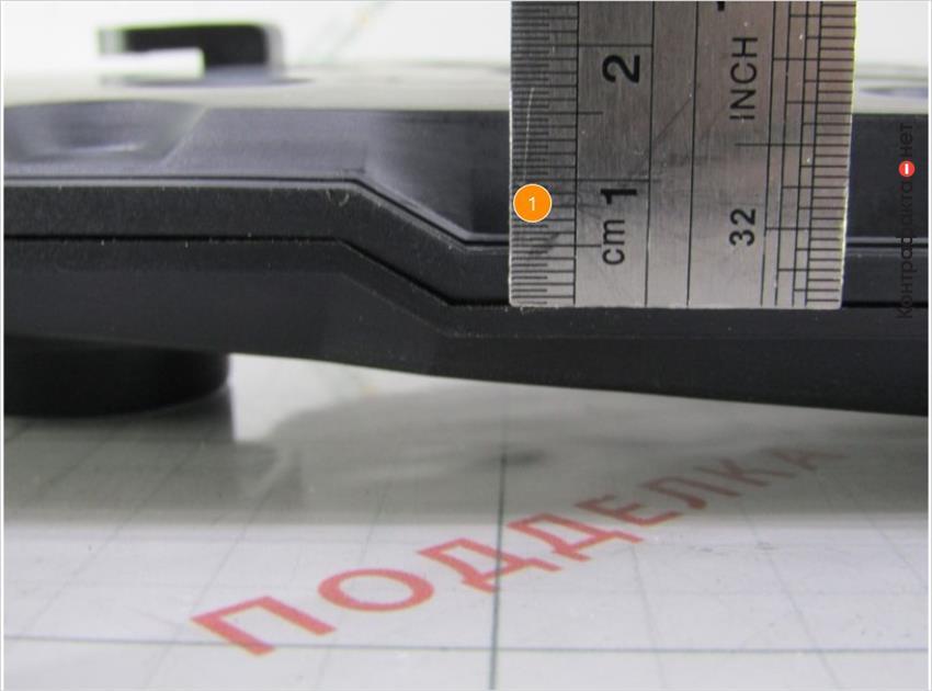 1. Технологический шов от пресс-формы расположен на 2мм ниже чем у оригинала.