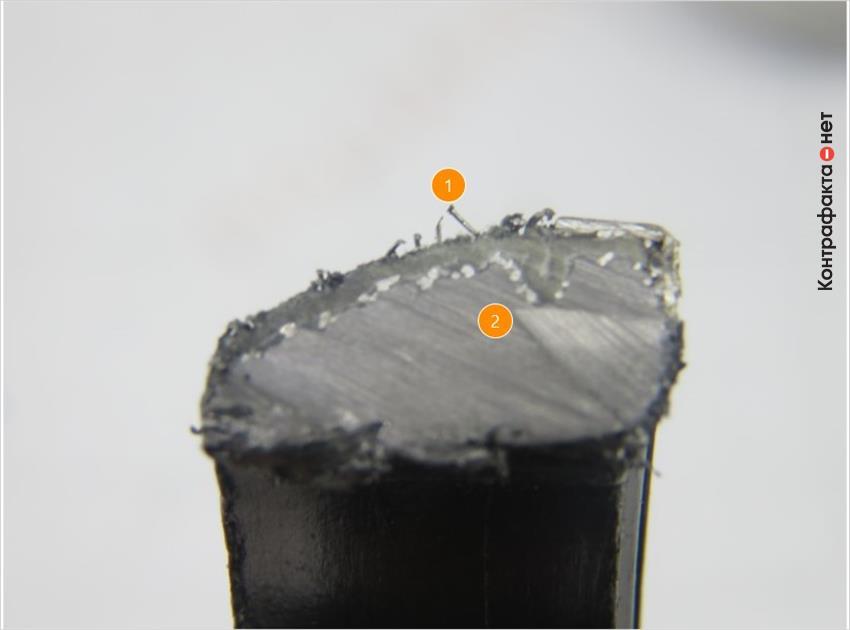 1. Металлические волокна используются только на внешней стороне. | 2. Внутреннее строение полностью из графита.