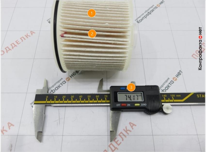 1. В фильтре использовано 70 ламелей, у оригинала 80. | 2. Первый ряд ламелей склеен в оригинале скреплен металлическим зажимом. | 3. Корпус короче на 1, 31мм.