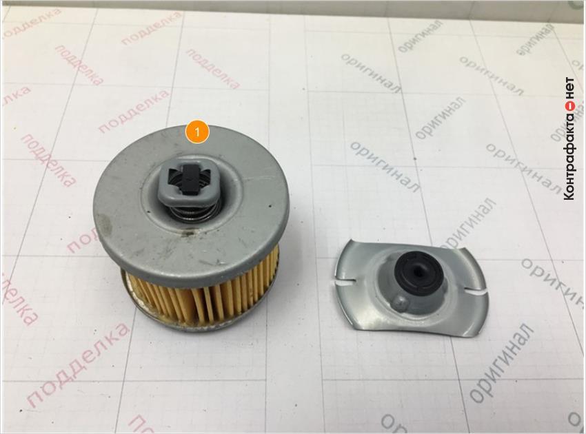 1. Отличается конструкция перепускного клапана.