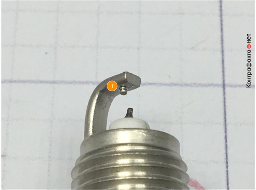 1. На боковом электроде отсутствует напайка.