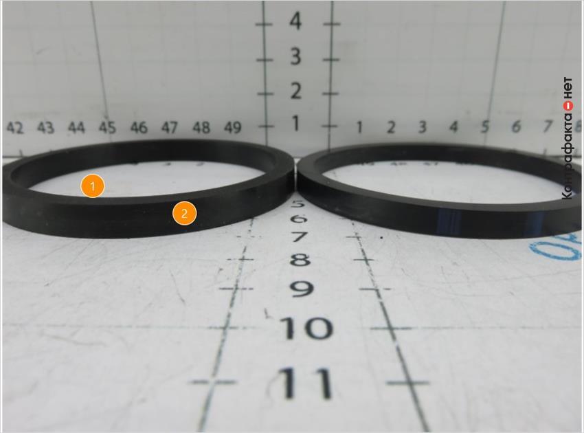 1. Уплотнительное кольцо большего размера. | 2. Отсутствует отметка отк.