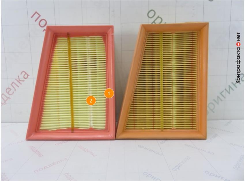 1. Отличается оттенок цвета и упругость полиуретановой окантовки. | 2. Материал и плотность сот фильтрующего элемента не соответствует оригиналу.