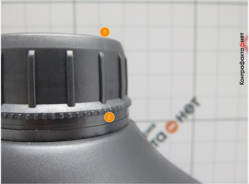1. Боковые выступы одинаковые по высоте. | 2. Диаметр контрольного кольца меньше крышки.