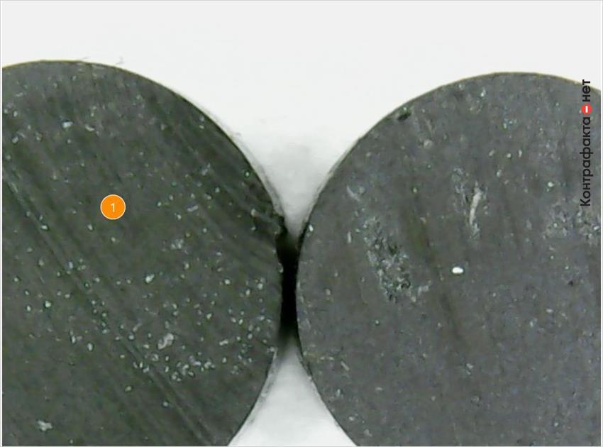 1. Разный состав резиновой смеси.
