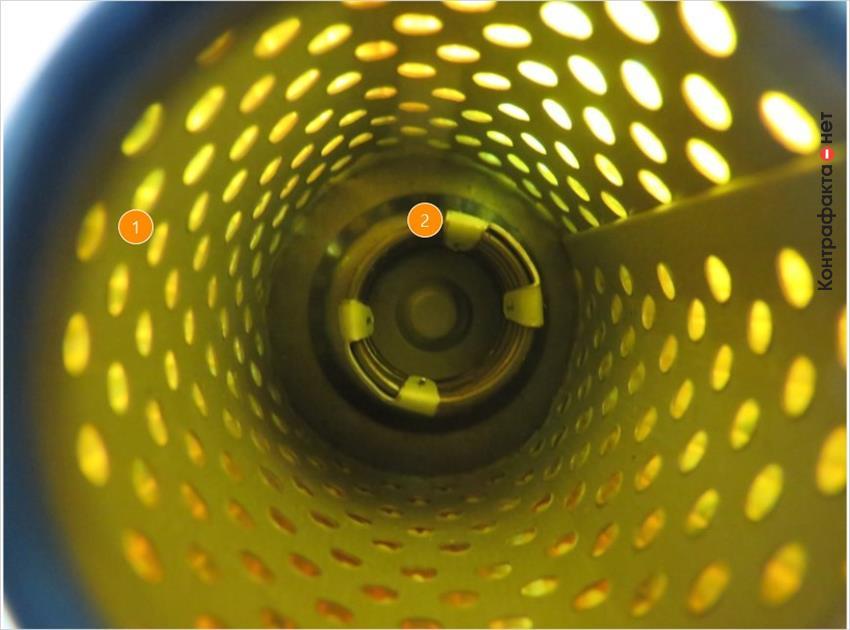 1. Разное строение обечайки. | 2. Обводной клапан другой формы.