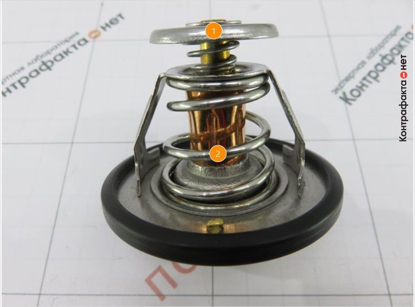 1. Меньшее число витков пружины.   2. Не обработаны края основного клапана.